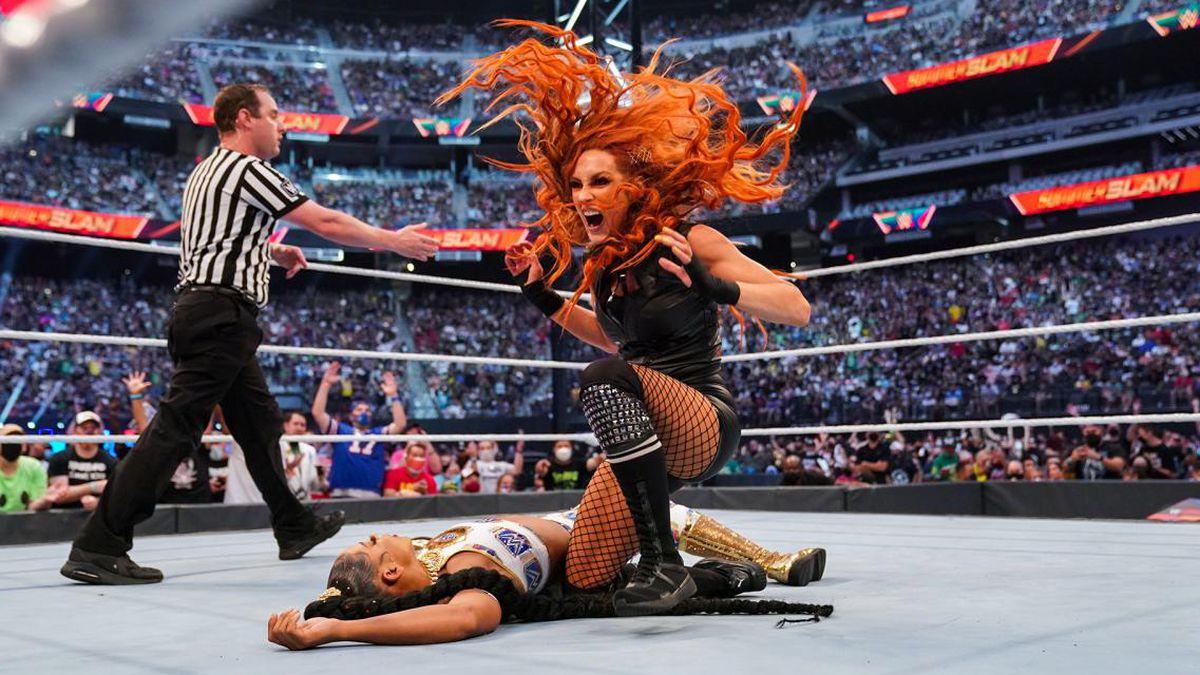 Bianca Belair comenta sobre sua derrota para Becky Lynch no WWE SummerSlam