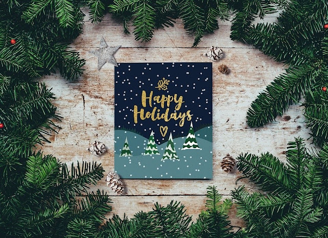 Why Sending Christmas Cards Is An Amazing Idea