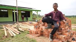 Warga Simpang Semangko Bersyukur TNI  Merubah Desa Lebih Maju