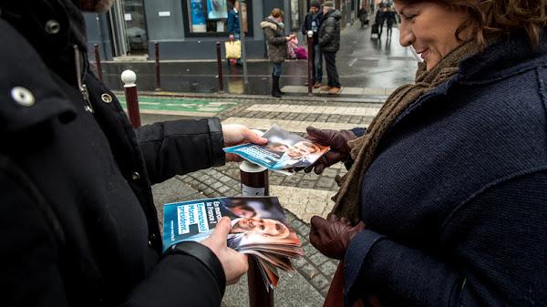 LREM va distribuer des tracts spécifiques à chaque département vantant le bilan économique de Macron