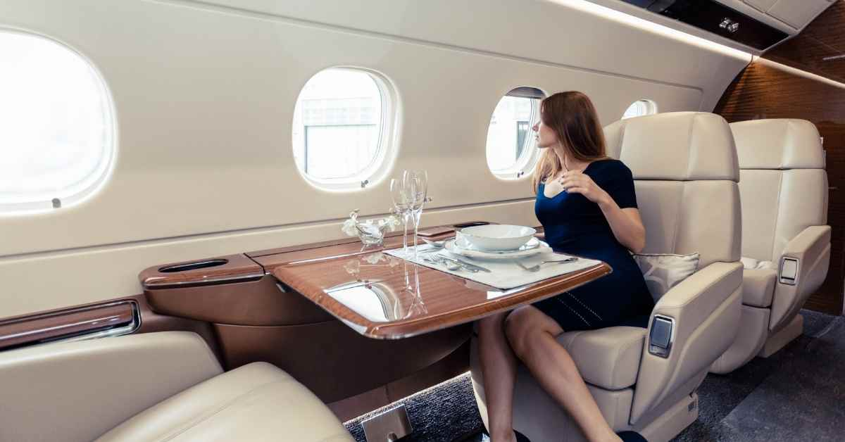Top 10 Most Luxurious Private Planes In The World - Moniedism