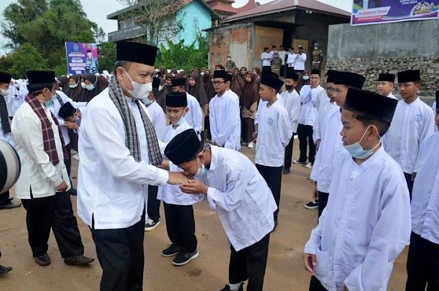 Pondok Pesantren Ash-Habul Yamin Lasi Menggelar Upacara Peringatan Hari Santri Nasional Tahun 2021