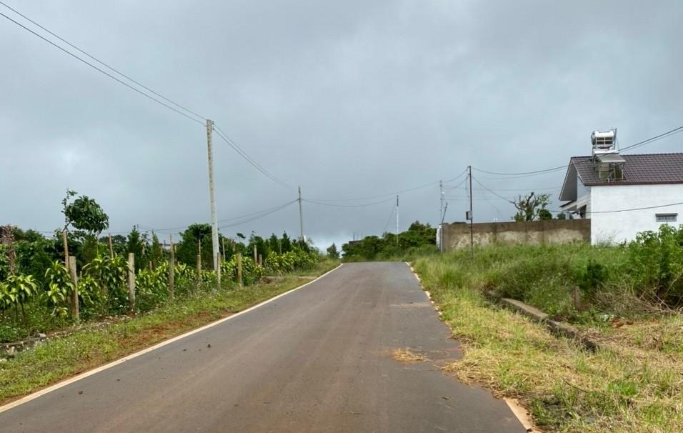 bán đất xã dambri thành phố bảo lộc . mặt tiền đường Nguyễn An Ninh