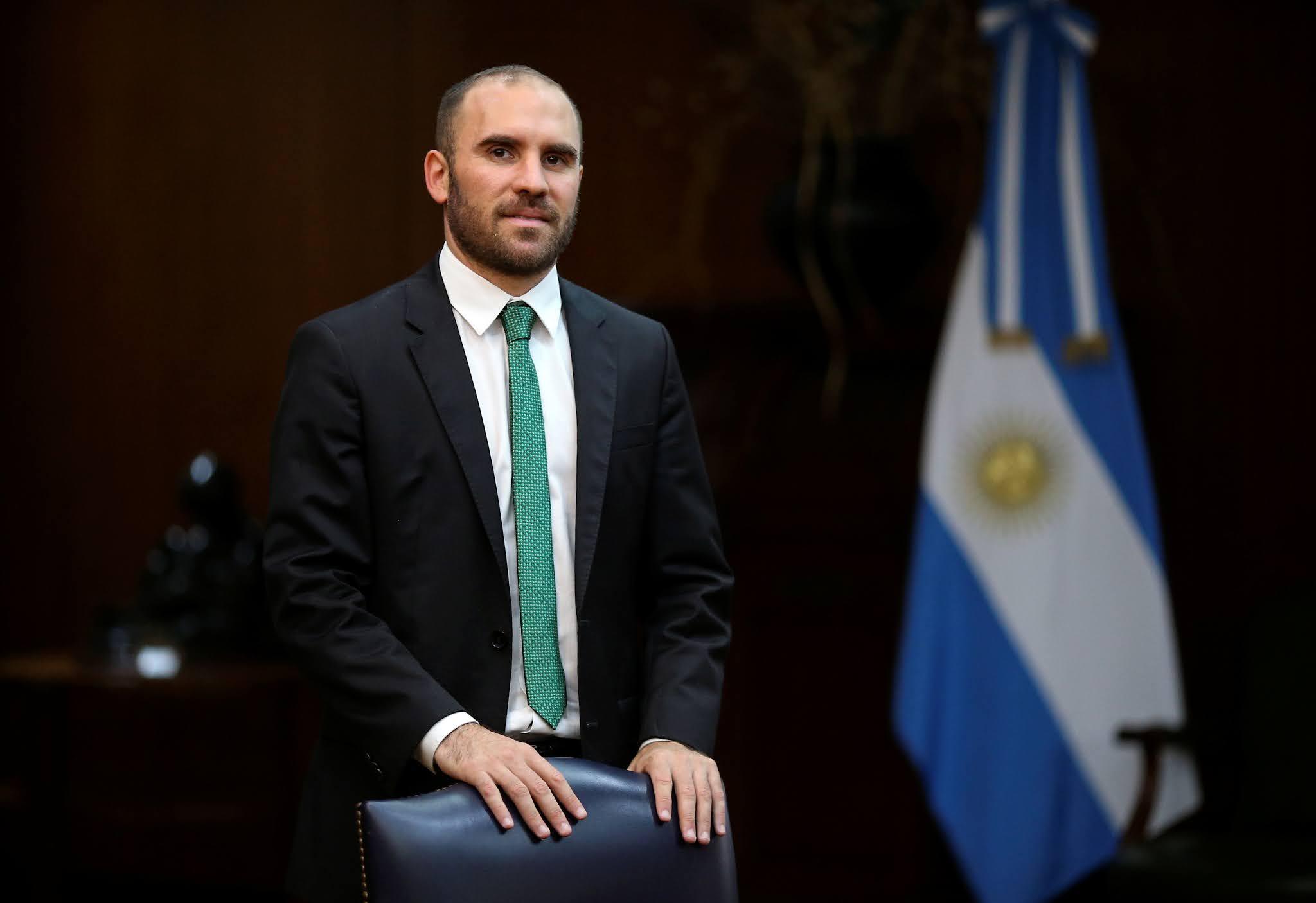 Martín Guzmán llega a EEUU para negociar la deuda en medio de las tensiones en el FMI