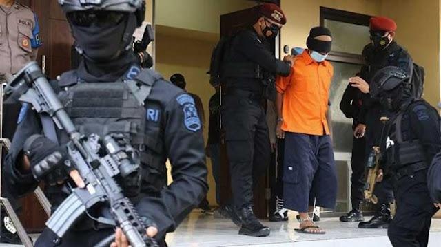 Maklumi Kegelisahan Fadli Zon, Hinca Demokrat: Dia Merasa Densus 88 Tebang Pilh