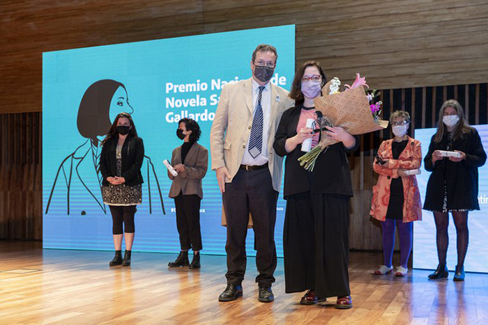 Yuszczuk gana el Premio Sara Gallardo