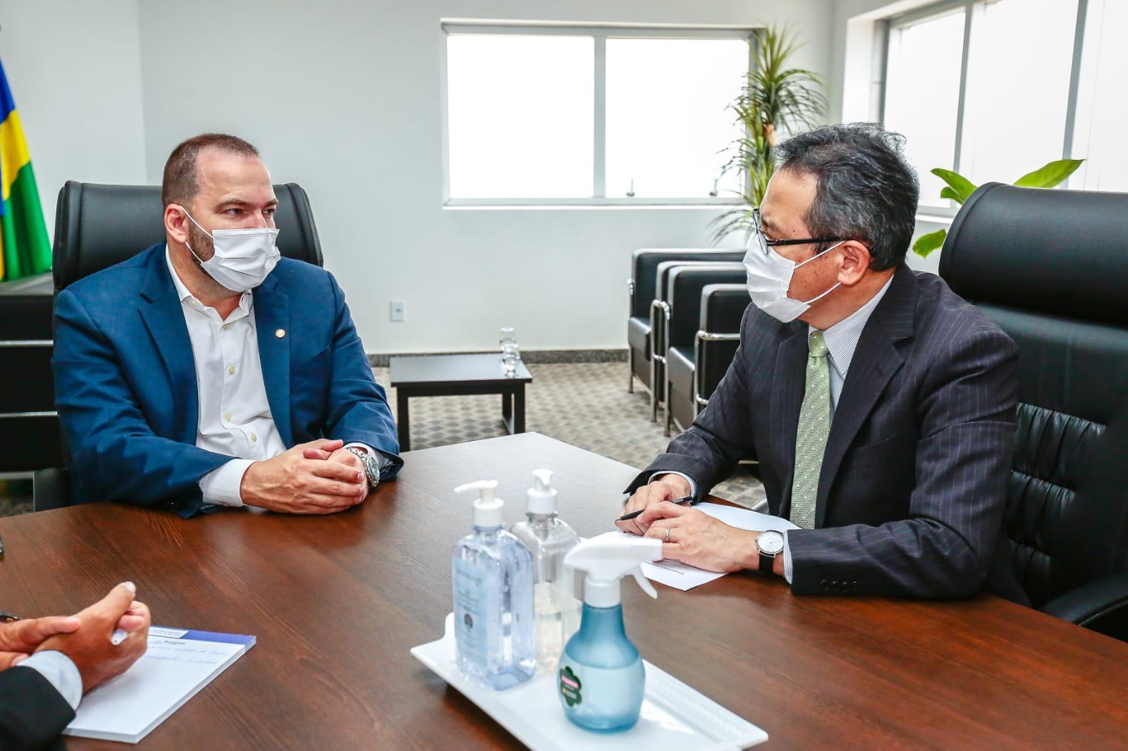 Presidente Alex Redano recebe cônsul-geral do Japão em Manaus