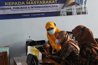 Workshop Penulisan Karya Ilmiah di Nganjuk Oleh KPI Pascasarjana Unesa
