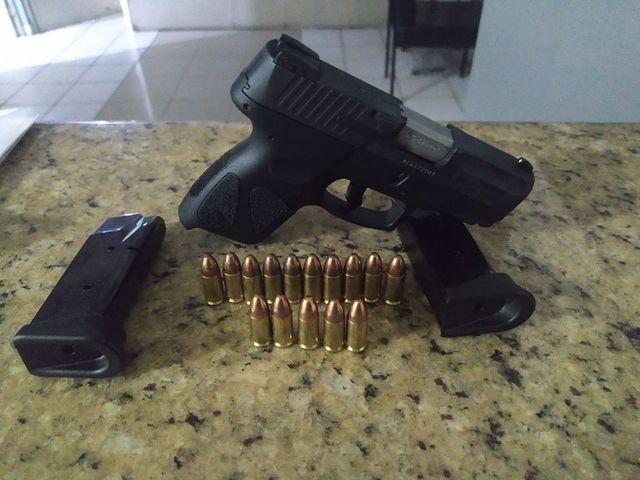 PRF prende homem por porte ilegal de arma na Régis Bittencourt