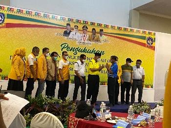 Dihadiri Gubernur Sumbar dan Rektor UNP, Muhammad Dali Dilantik Ketua DPW Iluni UNP Kepri