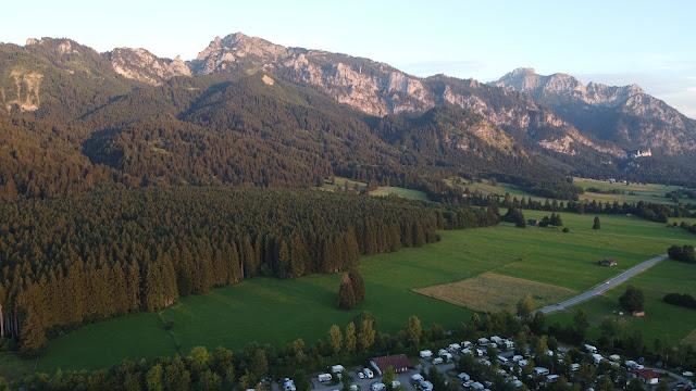 Im schönen Allgäu direkt am Ammergebirge (Alpen) liegt der Campingplatz Bannwaldsee