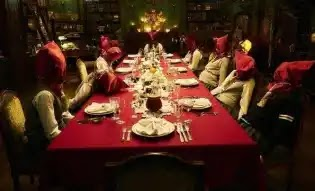 مسلسلات شبيهة ب squid game,مسلسلات تشبه squid game,مسلسلات مثل squid game,مسلسلات مشابهة ل squid game,افلام مثل لعبة الحبار, Cube,The Hunger Games,Alice In Borderland,Re: Mind,Dark,3%,Black Mirror,Squid Game,