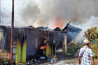 Tiga Rumah Warga Tomuan Pematangsiantar Terbakar
