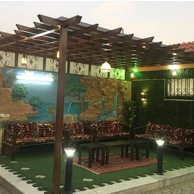 تفصيل جلسات حدائق خارجية بالعشب الجداري المميز في المملكة