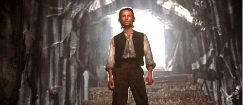 New on Blu-ray: THE TIME MACHINE (2002) Starring Guy Pearce