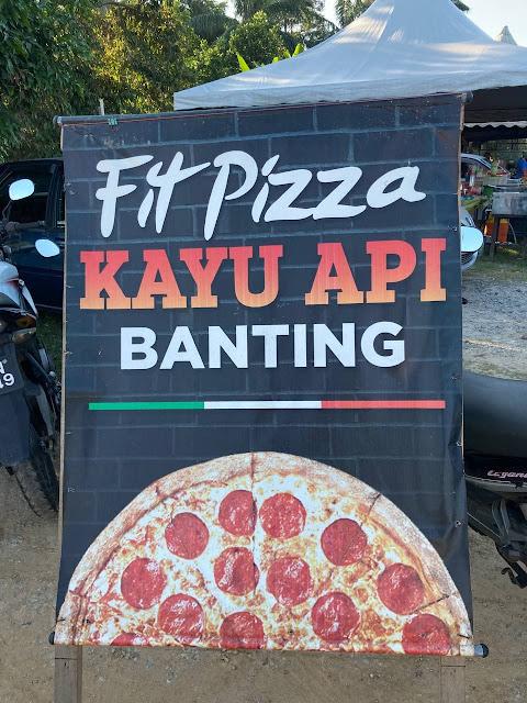Datang Banting Jangan Lupa Singgah Pizza Kayu Api, Kampung Sawah!