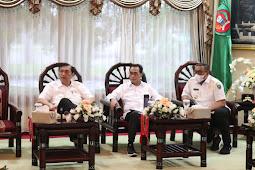 Luhut Binsar Pandjaitan, Budi Karya Sumadi dan Murad Ismail Bahas Ambon New Port dan LIN