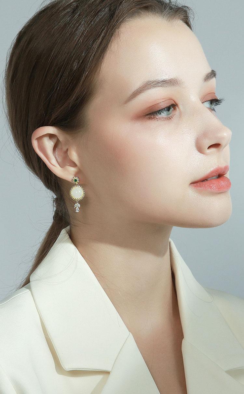 古典風皎潔明月人造貓眼石耳環