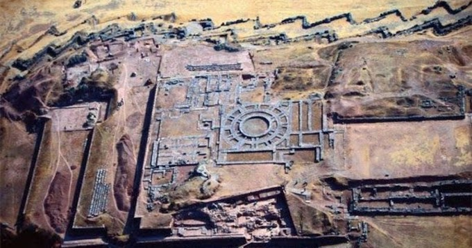 30,000-Year-Old Hidden Writing system Discovered at Sacsayhuamán