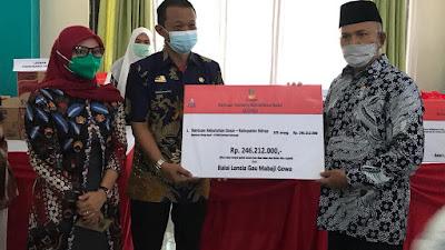 Tetap Perhatikan Prokes, 105 Lansia di Sidrap Terima Bantuan Atensi Kemensos