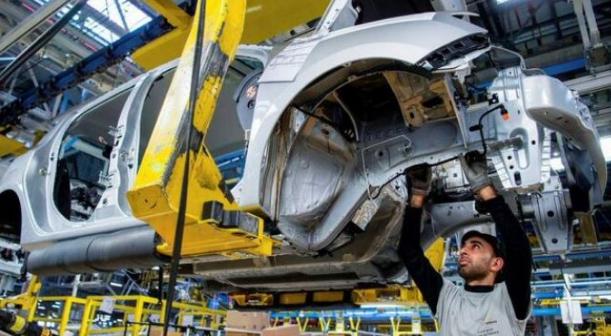 """فاينانشال تايمز: """" المغرب تحول من مُصنع مغمور للسيارات إلى بلد ينافس أقوى الدول الأوربية"""