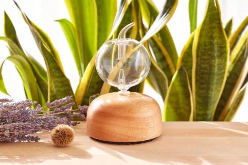 Aromatherapy essential oil Danau Satu atomizing diffuser from Utama Spice