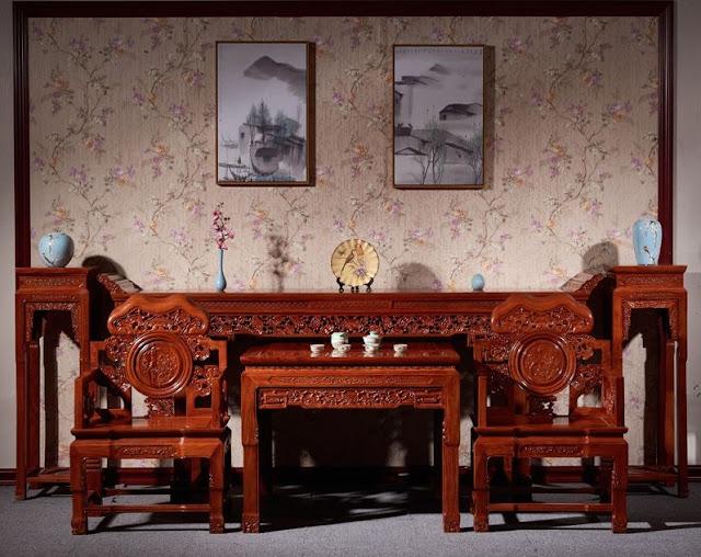 Với các sản phẩm nội thất từ gỗ Gụ, khi sử dụng cần lưu ý bảo quản nếu đúng cách để giúp sản phẩm luôn được sáng bóng, bắt mắt và bền đẹp hơn.