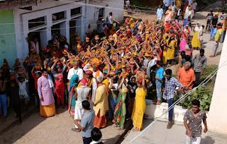 जैतपुरा मढी में गली गली द्वार द्वार निकली भव्य शोभा कलश यात्रा