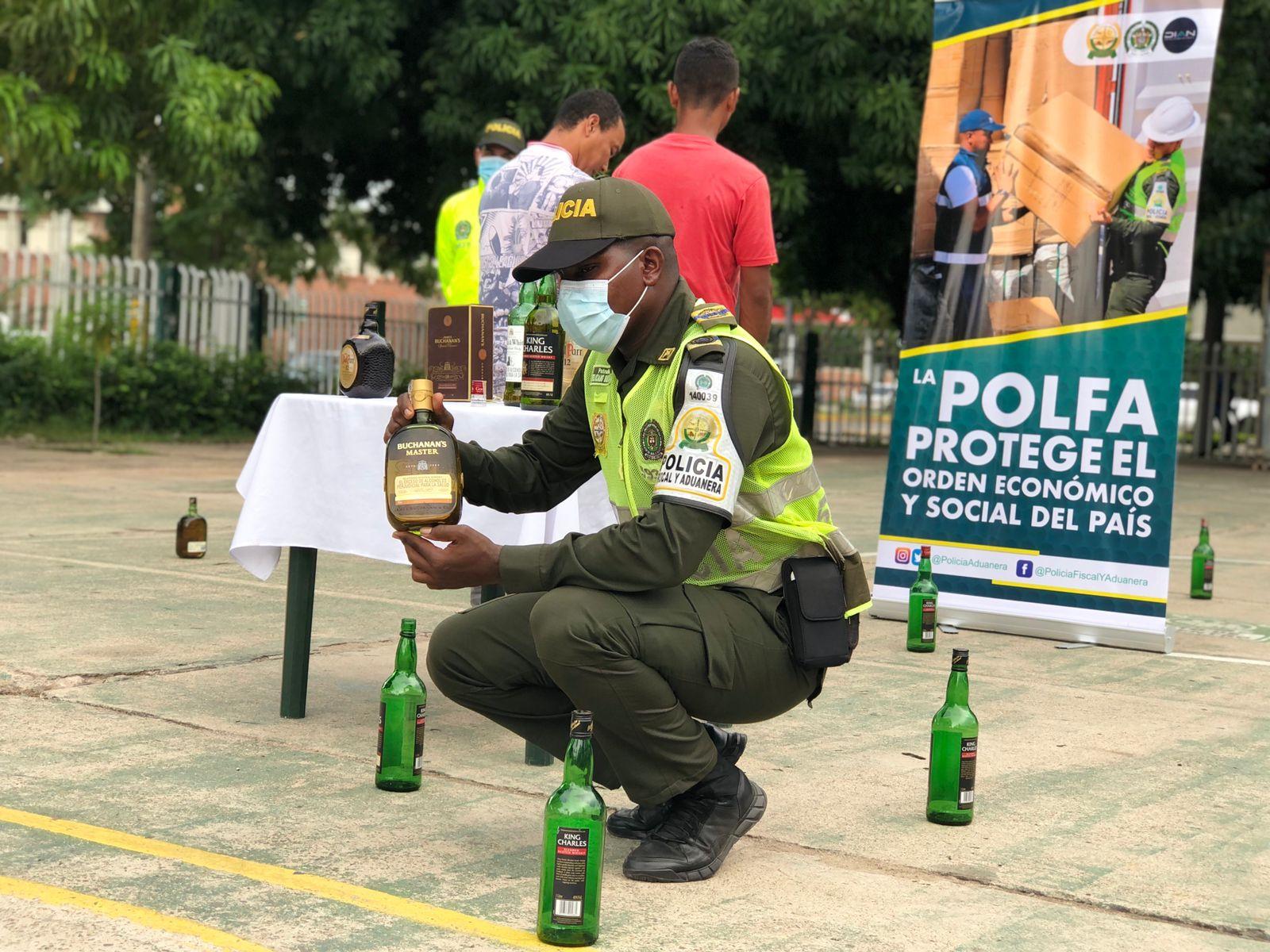 https://www.notasrosas.com/Policía Cesar incauta más de $3.000.000 en licor adulterado, que iba a ser comercializado durante el Festival Vallenato