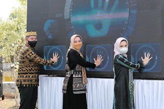 Riana Sari Arinal Launching Sulam Jelujur di Pesawaran,  Langkah Awal Hasil Kerajinan UMKM Lokal Go Internasional