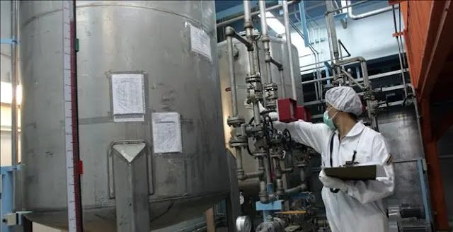 Technicians work at the Isfahan nuclear facility, 420km south of the Iranian capital Tehran. File photo: AFP