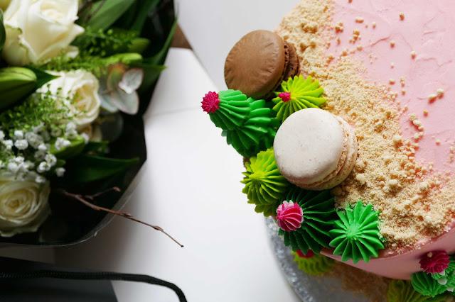happy cakes oxford shop, birthday cake Oxford review, happy cakes cupcakes Oxford, custom birthday cake Oxford , happy cakes oxford review, cactus birthday cake