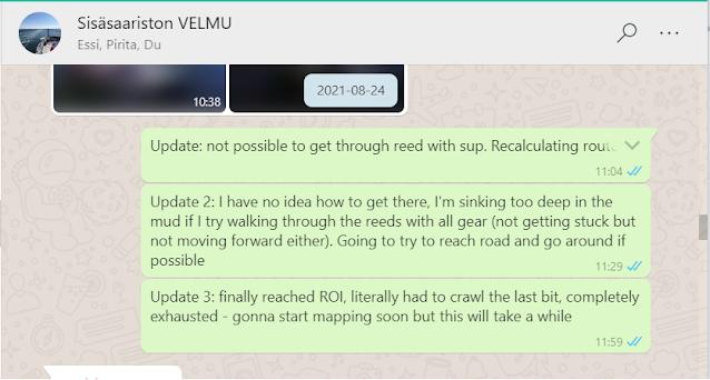 Screenshot WhatsUp-keskustelusta, jossa on tunnin sisälle päivitetty kolme viestiä matkan etenemisen hitaudesta