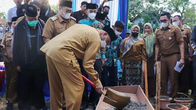 Gubernur Letakkan Batu Pertama Pembangunan Masjid Baburrahim