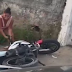 VÍDEO: APÓS DESCOBRIR TRAIÇÃO, MULHER SE ENFURECE E DESTRÓI A MOTO DO NAMORADO