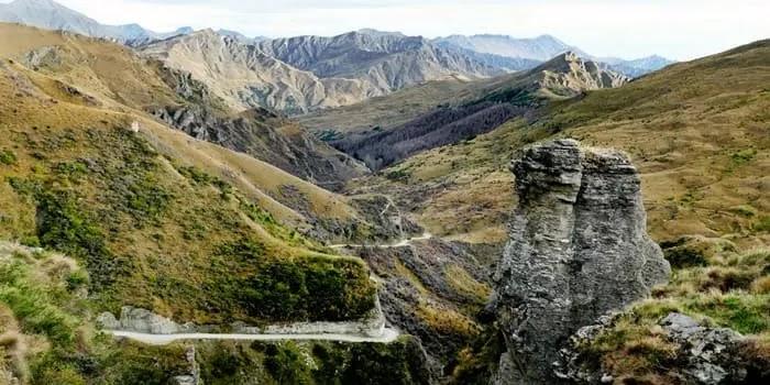 स्किपर कैन्यन रोड न्युज़िलैंड -Skippers canyon road New Zealand