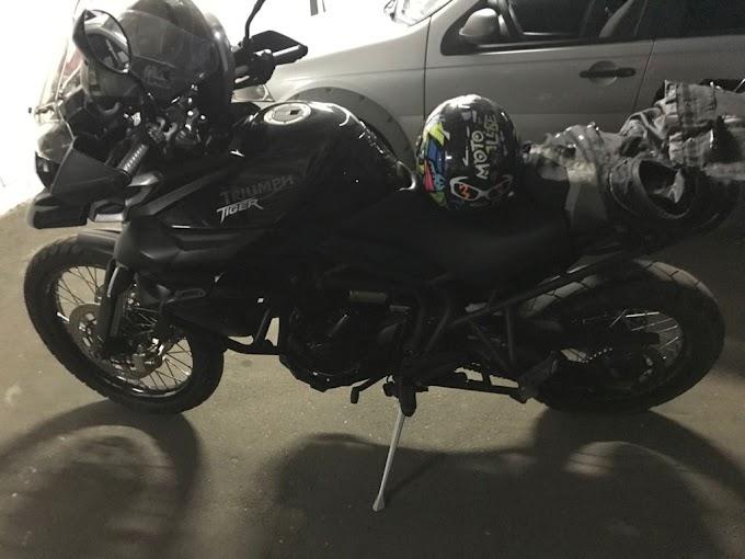 CERCO DE POLICIAIS, DO 4º DISTRITO, EM JUNDIAPEBA RESULTA NA PRISÃO DE ASSALTANTE DE MOTOCICLETA: DOIS COMPARSAS SÃO PROCURADOS