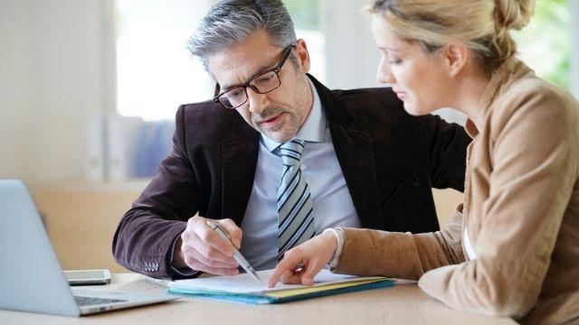 شهادة مهارات إعداد التقارير لغير الإداريين