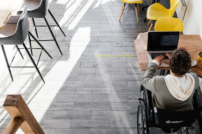 College students with disabilities