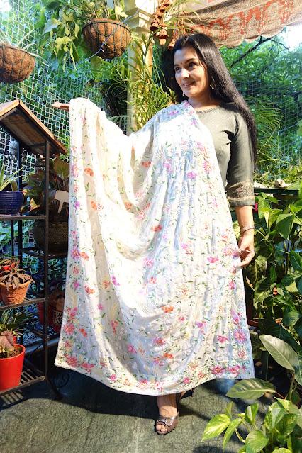 Cream Parsi Gara embroidered dupatta on georgette