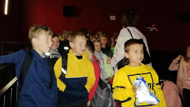 Wyjazd do kina Helios uczniów klas I-III
