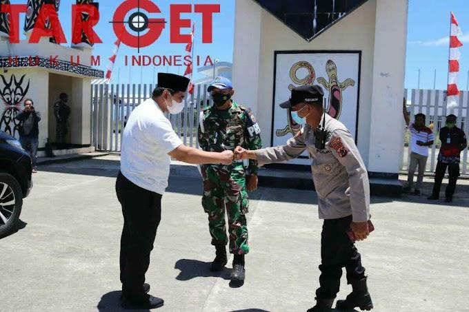 Ke Perbatasan Republik Indonesia-Papua Nugini, Taj Yasin Ucapkan Terima Kasih ke TNI - Polri