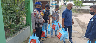 Kasat narkoba Polres Ciko, berikan solusi warga dengan bansos sembako