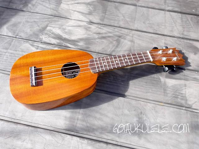 Ohana TPK-25G Sopranino ukulele