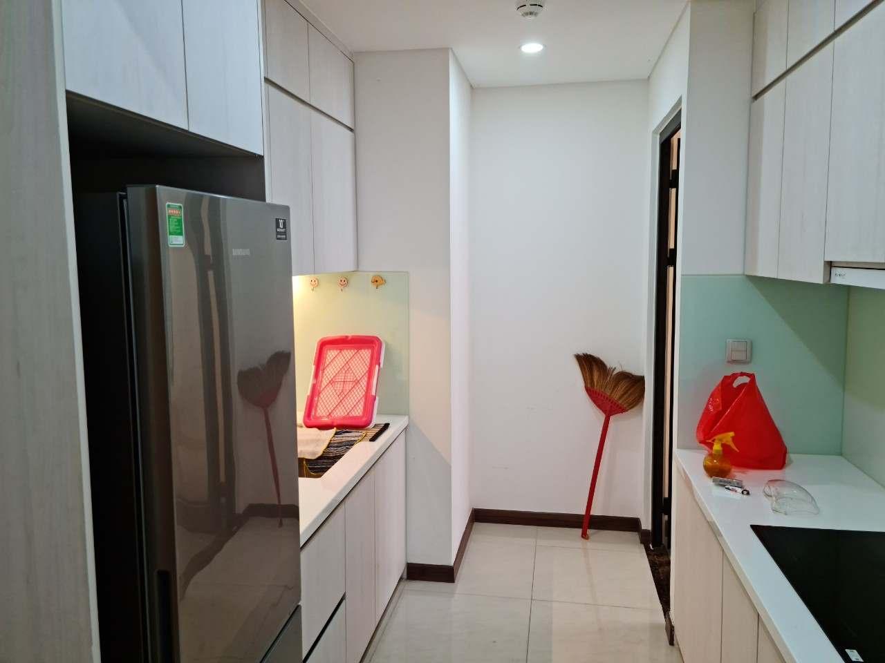 Không gian bếp căn hộ Hado Centrosa