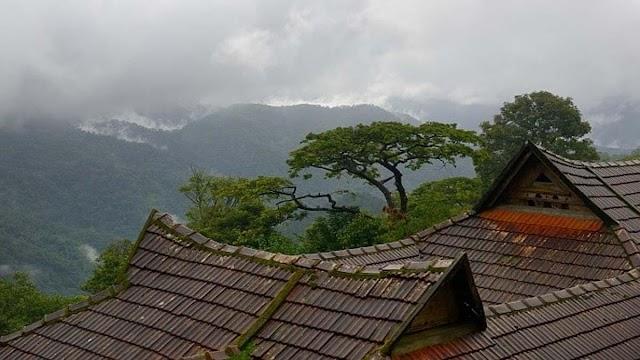केरल में 10 बांधों के लिए रेड अलर्ट जारी, 20 से ज्यादा राज्यों में हो सकती है भारी बारिश