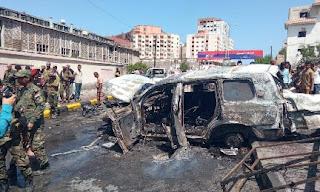 استشهاد اربعة  وإصابة خمسة اخرين في محاولة إغتيال المحافظ لملس واللواء السقطري بسيارة مفخخة بالتواهي