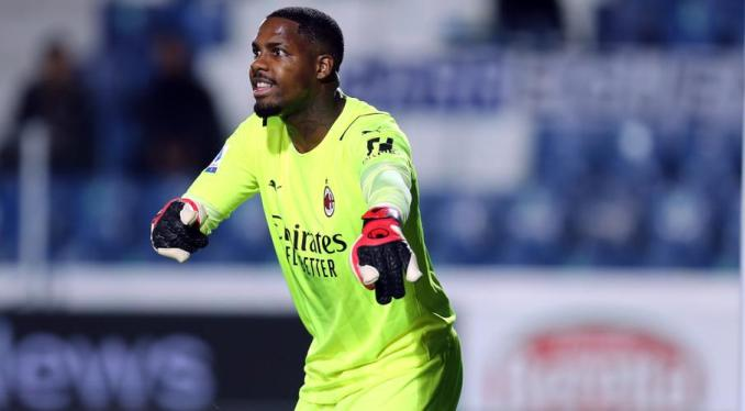 Milan's keeper Maignan out for 10 weeks after wrist operation