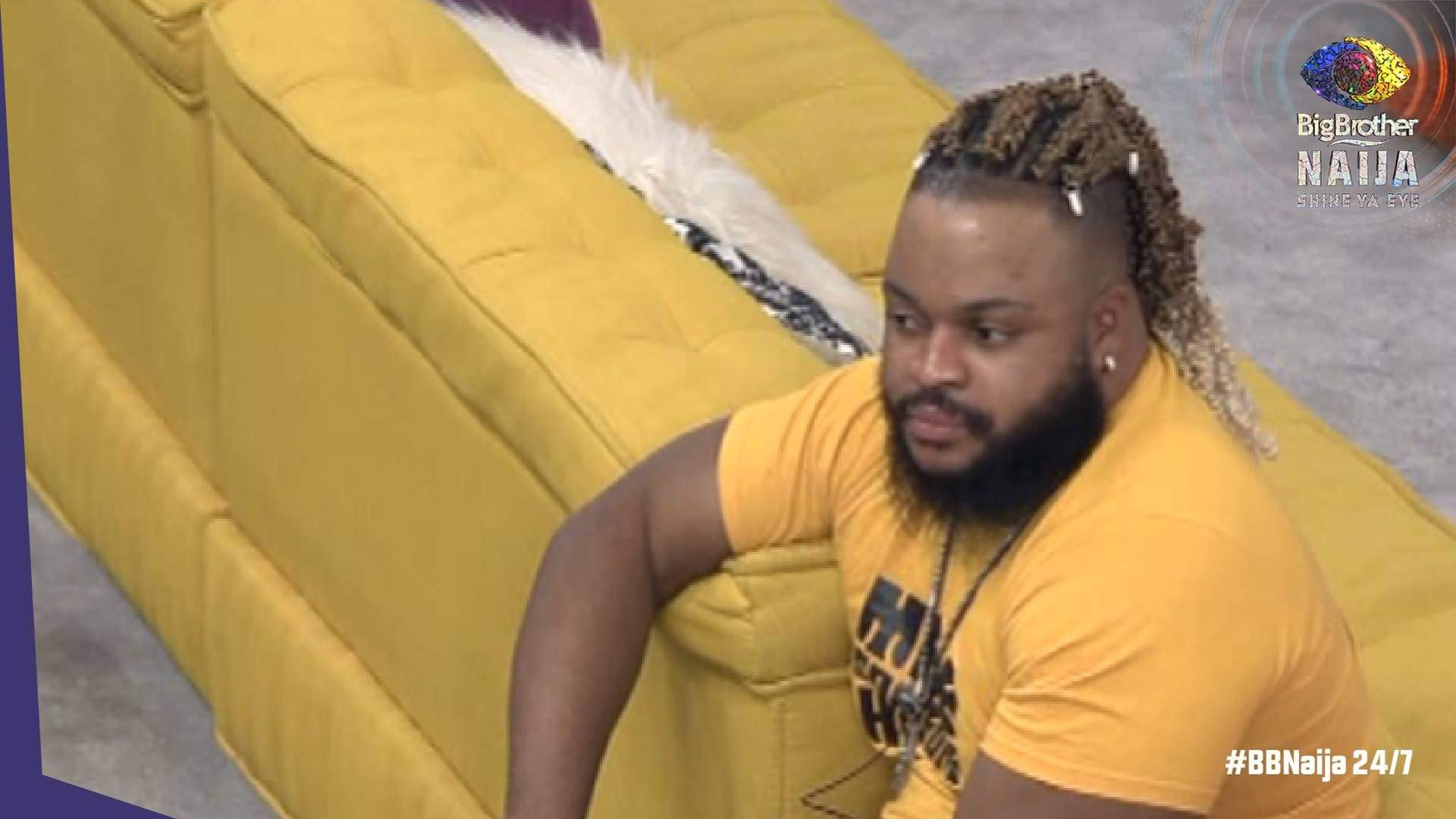 #BBNaija: Whitemoney's facial expression when Pere won the Innoson car and when he returned to the house (video)