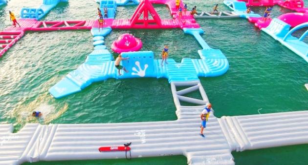 حديقة أكوا فن دبي المائية